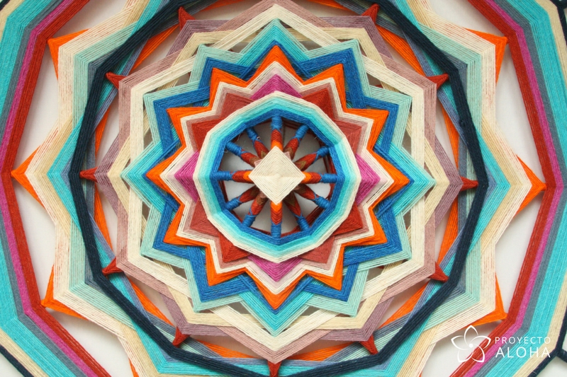 Mandalas de lana, ojos de dios, Proyecto Aloha, Tzicuri, Espiritu Aloha, geometría sagrada
